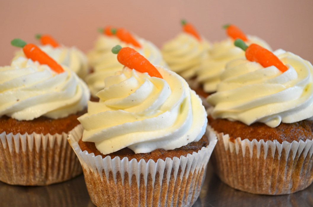 frosting and a movie in the park carrot ginger cupcakes with cream ...